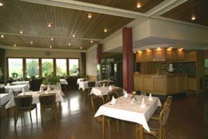 Hotel Restaurant Braas, Hotely  Eschdorf - big - 15