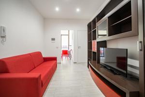 Naranji House Red