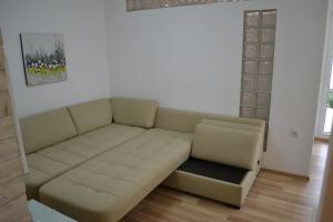 Peevi Apartments