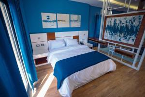 Travelholic inn