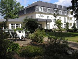 Waldhotel Nachtigall - Hotel - Paderborn