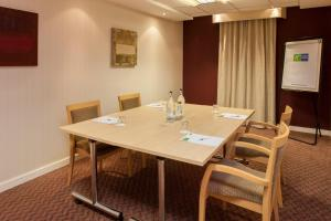 Holiday Inn Express London Stansted Airport (14 of 41)