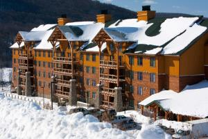 Hope Lake Lodge&Indoor Waterpark - Accommodation - Cortland