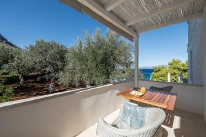 Four Seasons Hydra Luxury Suites (39 of 94)