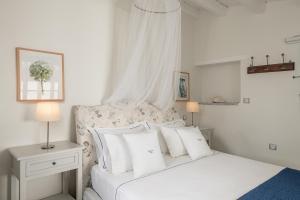 Four Seasons Hydra Luxury Suites (6 of 94)