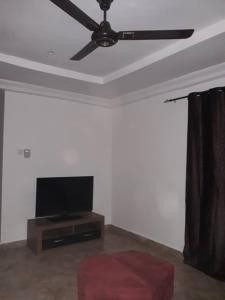 MAO'S Apartment