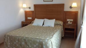 Hotel Goartín, Отели  Малага - big - 39