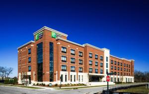 Holiday Inn Express & Suites Franklin - Berry Farms, an IHG hotel - Hotel - Franklin