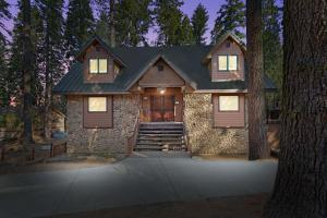 Oso Lodge W-Hot Tub and Ev Charger - Hotel - Yosemite West