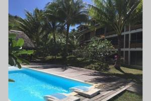 2 bedrooms condo with swimming pool