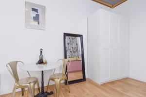 Studio Studencka Krakow by Renters Prestige