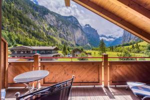 Apartment Lauberhorn, Luxury with best views - Hotel - Lauterbrunnen