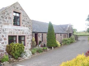 Crawfield Grange - Saint Cyrus