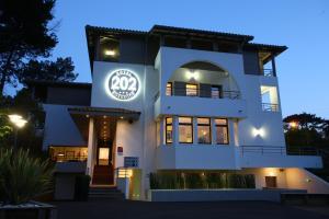 obrázek - Hotel 202