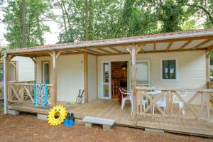 Location gîte, chambres d'hotes Flower Camping Les Biches dans le département Vendée 85