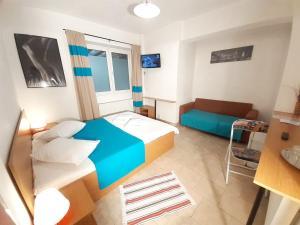 Taxi Hostel - Hotel - Otopeni
