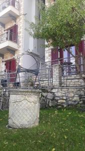 ΤΟ ΠΕΤΡΙΝΟ 3 Achaia Greece
