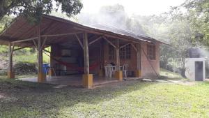San Agustín finca, respira tranquilo, Horské chaty  Nocaima - big - 14