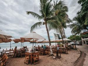 Great Designed Ocean and Mountain view Condo Tres Vista, Dovolenkové domy  Playa Flamingo - big - 38