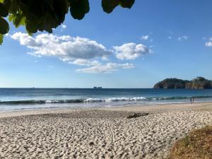 Great Designed Ocean and Mountain view Condo Tres Vista, Dovolenkové domy  Playa Flamingo - big - 40