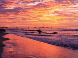 Great Designed Ocean and Mountain view Condo Tres Vista, Dovolenkové domy  Playa Flamingo - big - 41