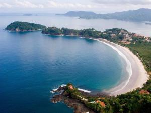 Great Designed Ocean and Mountain view Condo Tres Vista, Dovolenkové domy  Playa Flamingo - big - 43