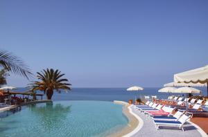 Resort Baia del Silenzio - AbcAlberghi.com