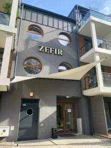 Apartament nr 6 Zefir nad jeziorem Necko