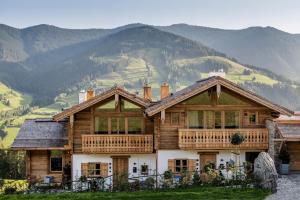 GipfelKreuzLiebe SENHOOG Luxury Holiday Homes - Hotel - Leogang