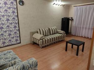 Apartment Prospekt Oktyabrya 103