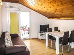 Apartment Maja SRD420
