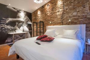 Location gîte, chambres d'hotes Europe Hôtel dans le département Tarn 81