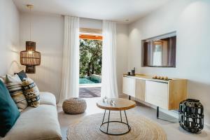 Minos Beach Art Hotel (24 of 140)