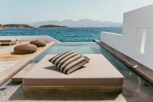 Minos Beach Art Hotel (5 of 140)