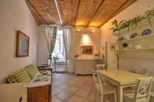 Navona Fico Apartment - abcRoma.com