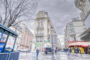 Champs Elysées Deluxe Family Apartments