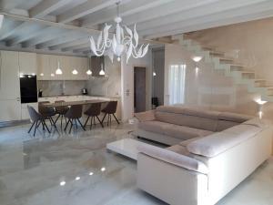 Villa Elena - AbcAlberghi.com