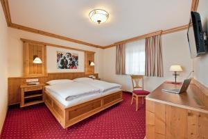 Gasthof Eggerwirt - Hotel - Kitzbühel