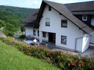 Ferienwohnung Bäumner, Apartmanok  Bad Berleburg - big - 76