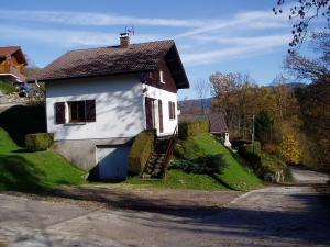Location gîte, chambres d'hotes Holiday home L Ecureuil 6 P dans le département Vosges 88