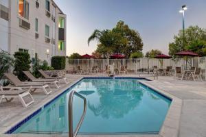 Motel 6-Gilroy, CA