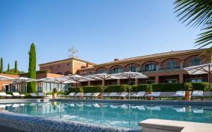Location gîte, chambres d'hotes L'Hôtel & Spa du Castellet dans le département Var 83