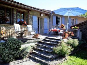 Accommodation in Villeneuve d'Olmes