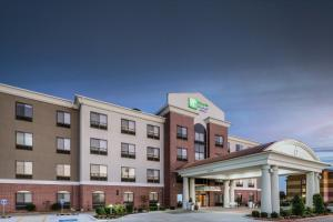Holiday Inn Express and Suites Pryor, an IHG Hotel