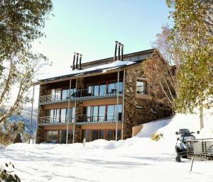Alpine Woodsmoke Apartments - Falls Creek