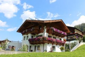 Haus Marianna - Apartment - Neustift im Stubaital