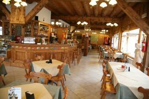 Albergo Rendola, Hotely  Asiago - big - 41