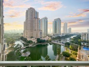 FAM Living - Greens Mosela - The Views - Dubai