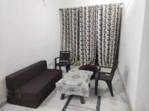 Serene villa having all amenities in gated society with free pickup on arrival