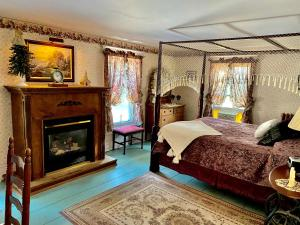 The Bella Ella Bed and Breakfast - Accommodation - Canandaigua